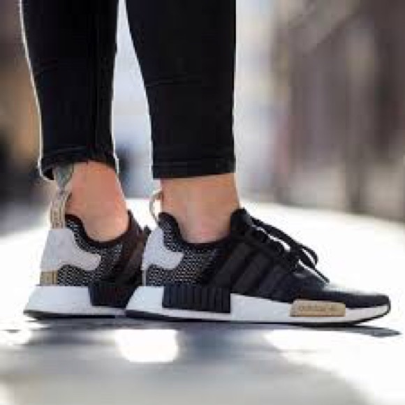 lowest discount authorized site the sale of shoes Adidas NMD R1 Core Black/Ice Purple Size 7.5